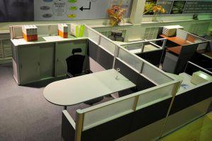 深圳回收二手培训桌椅,员工位